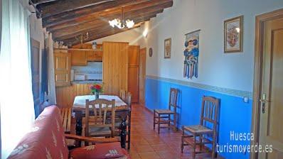 TURISMO VERDE HUESCA. Casa Ambrosio de Oncins